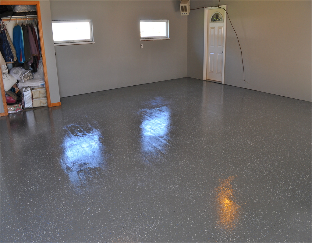 rust-oleum-epoxyshield-garage-floor-coating Choosing Good Rust-Oleum Epoxyshield Garage Floor Coating