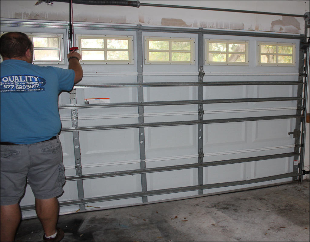 Finding The Best Tampa Garage Door Repair