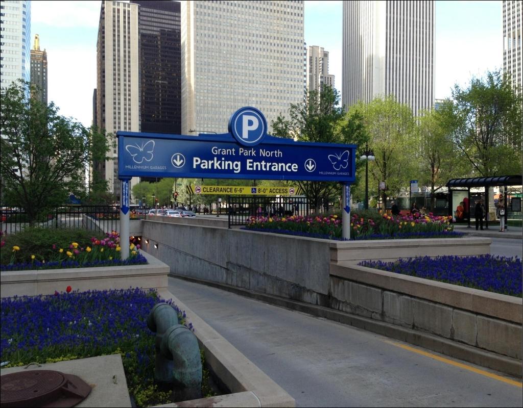 grant-park-parking-garage Grant Park Parking Garage