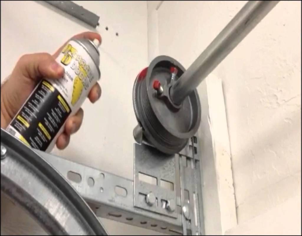How To Lubricate Garage Door