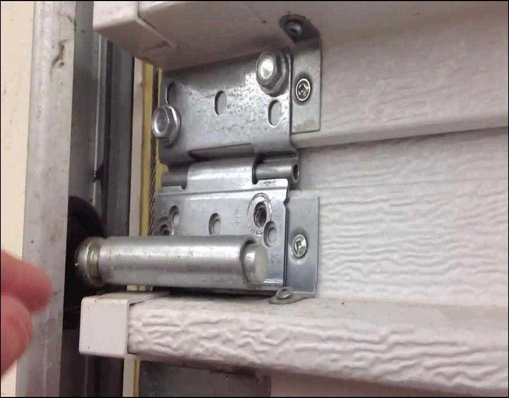 How To Seal Garage Door
