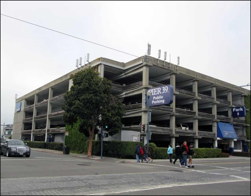 Pier 39 Parking Garage